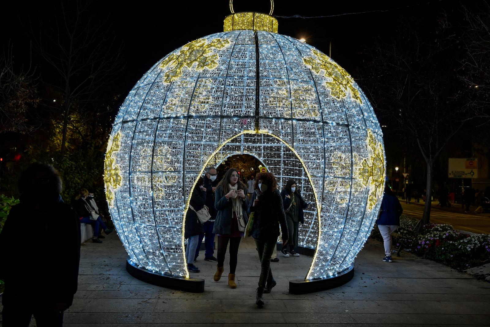 bola-navidad-luces