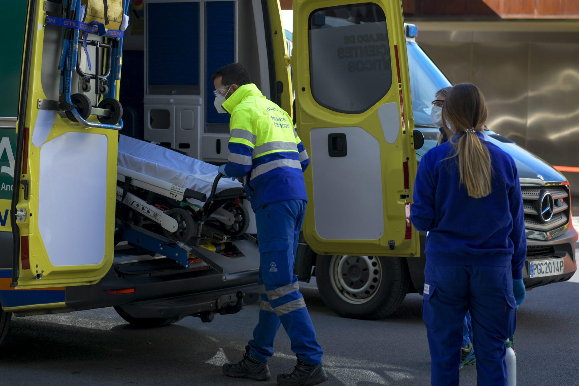 granada-hospital-sanitarios